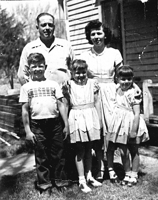 Thorn Family: Charley, Yvonne, Roger, Elinor and Linda